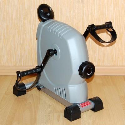 Педальный магнитный тренажер Belberg CF09-8068